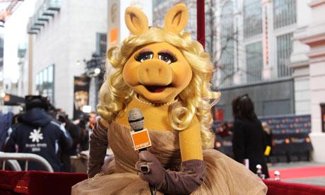 File:Miss-Piggy-the-official-r-007.jpg