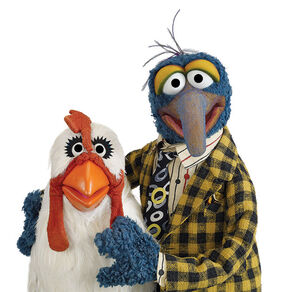 Gonzo-and-camilla-the-chicken2