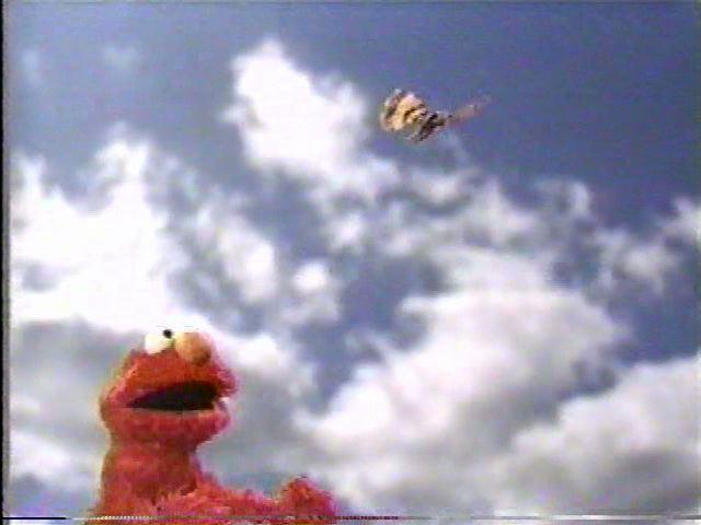 File:ElmoButterfly2.jpg