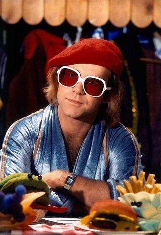 File:Elton18.jpg