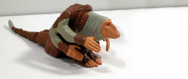 File:Dark Crystal Figures - Mystic.jpg