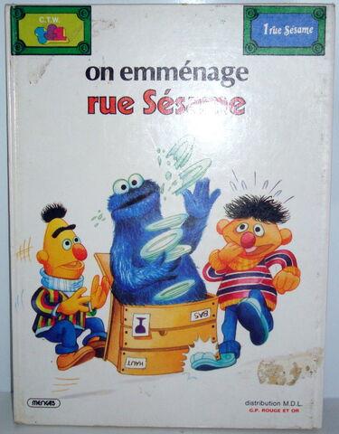 File:On emmenage rue sesame comics.jpg