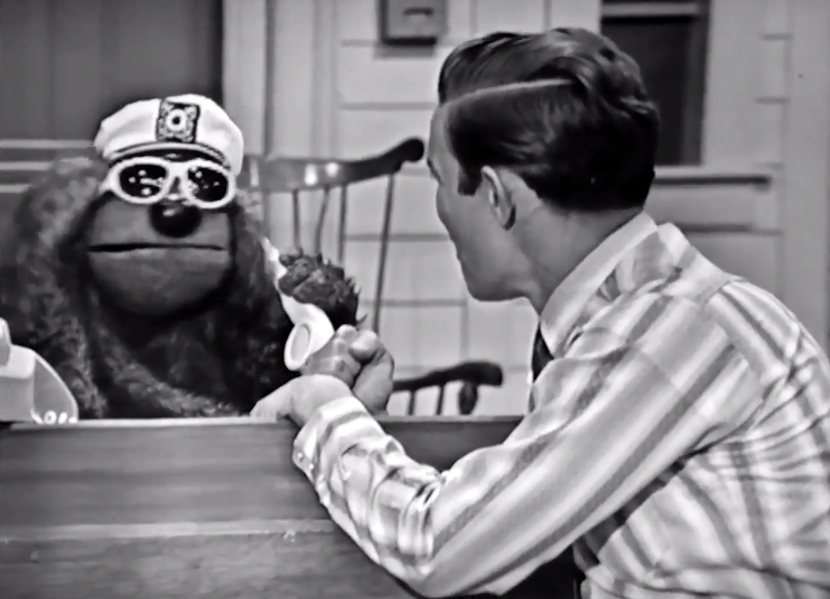 File:Rowlf jimmy dean (1)b.png