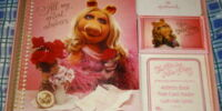 The Divine Miss Piggy desk set