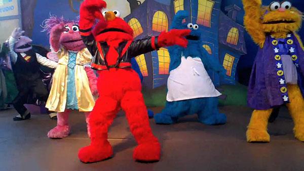 File:Thriller Elmo MJ jacket.jpg