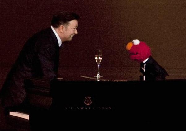 File:Elmo-Ricky-Gervais-Carnegie-Hall.jpg