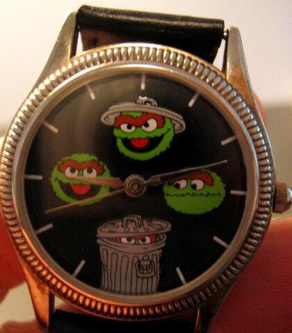 File:Fossil sesame street general store watch oscar mood watch.jpg