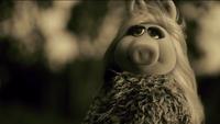 Miss Piggy Adele Hello spoof 10