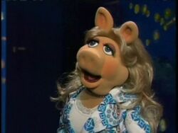 Miss Piggy on Late Late Show 0001