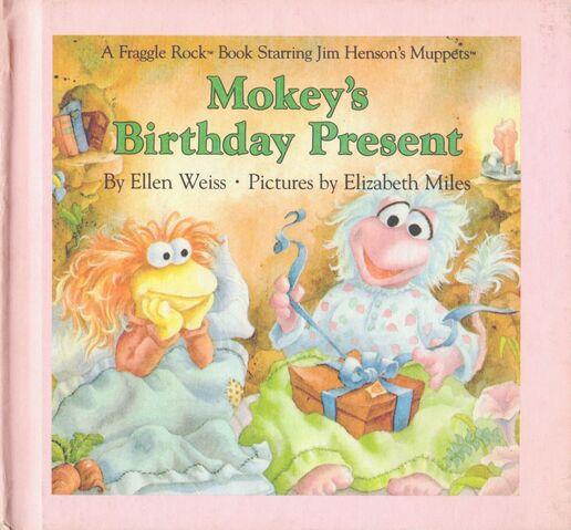 File:Mokeysbirthdaypresent.jpg