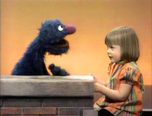 Grover and Polly sing Alphabet