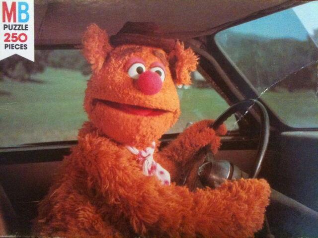 File:Milton bradley muppet movie puzzle fozzie.jpg