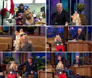 TheTonightShow-MissPiggy-(2011-11-05)