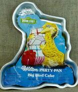Wilton 1978 big bird cake pan