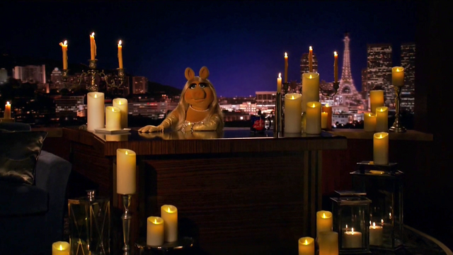 File:TheMuppets-S01E07-PiggyCandles01.png
