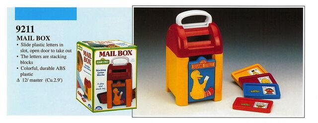 File:Illco 1992 preschool toys mail box.jpg