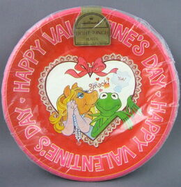 Hallmark 1981 valentines party set 1 copy