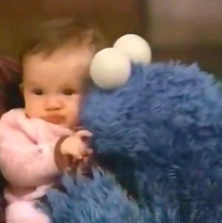 File:Cookie-Baby-Kiss.jpg
