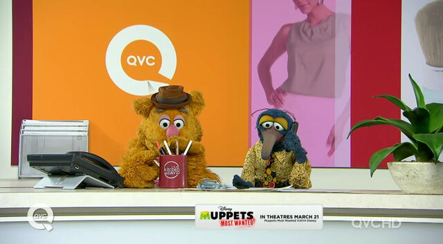 File:Qvc fozzie gonzo call from piggy 1.jpg