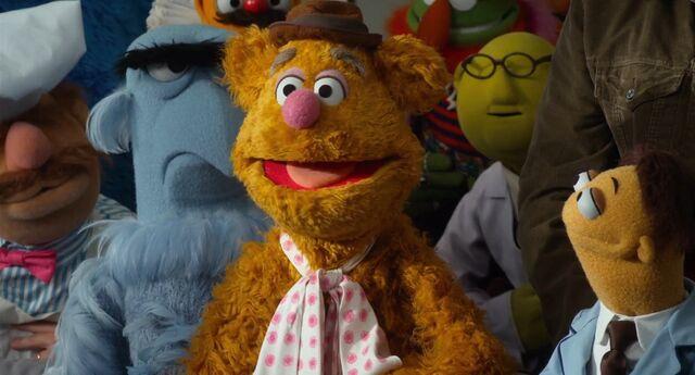 File:Muppets2011Trailer02-22.jpg