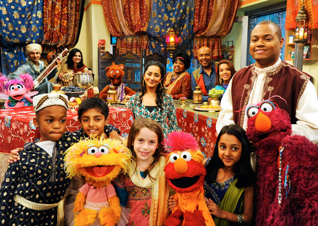 File:Rahki on Sesame Street 2.jpg