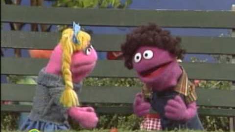Sesame Street Amigo
