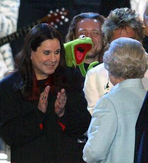 Golden-Jubilee-Kermit-Steve-Ozzy-Rod-Liz-2002-06-03
