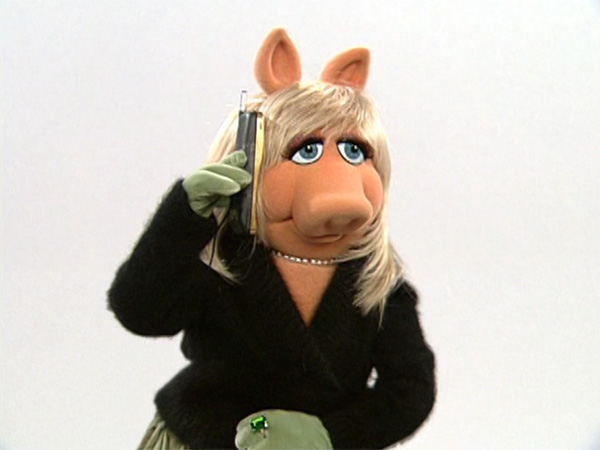 File:Piggy-calls-bernie.jpg