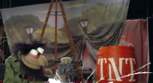 File:The Muppets Face One Big Problem Promo (11).png