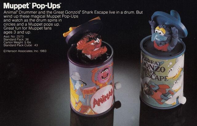 File:Tomy 1983 catalog muppet pop-ups wind up toys animal gonzo.jpg