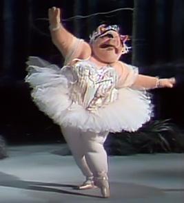 File:Ballerina pig solo.jpg