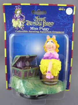 File:Muppet treasure island aquarium figure 1.jpg