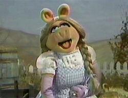 Piggy-Dorothy