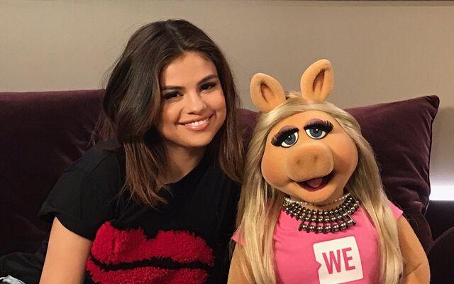 File:WeDay2017-Selena.jpg