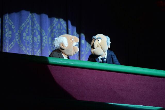 File:MuppetsMostWanted-WorldPremiere-Statler&Waldorf-(2014-03-11).jpg