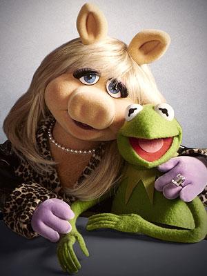 File:Miss-Piggy-Kermit-Frog 300.jpg