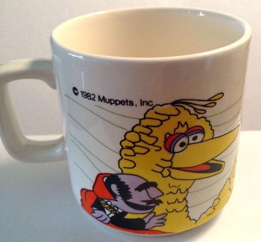 File:Crown lynn wind mug 1.jpg