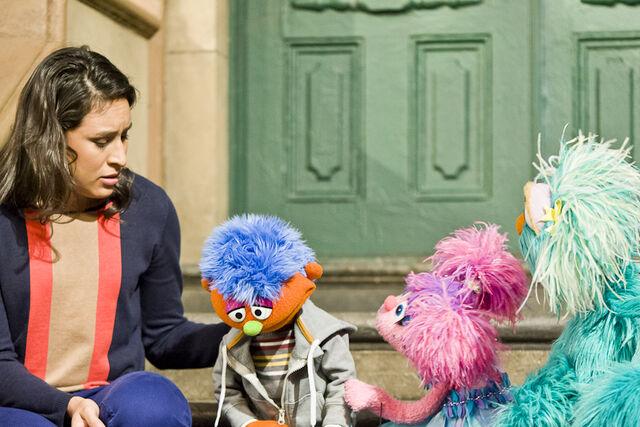 File:Sofia,+Abby+and+Rosita+listen+to+Alex's+feelings-+Vaknin..jpg
