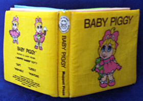BabyPiggyFabricBook