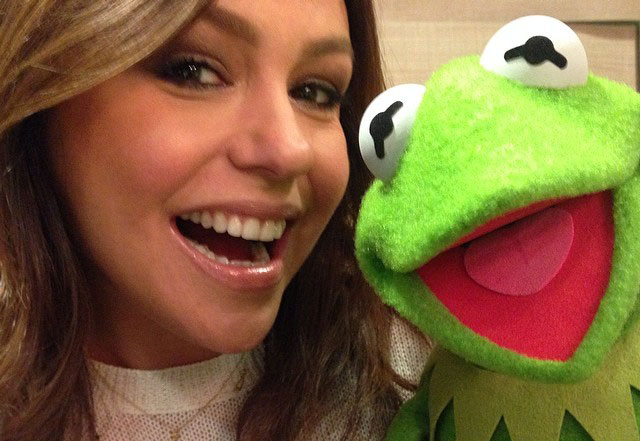 File:Rachael Ray and Kermit March 2014 cropped.jpg