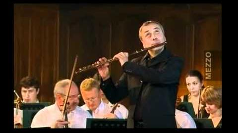 Mozart Concerto in G for Flute KV 313 concert with the Sinfonia Varsovia Orchestra conducted by Philippe Bernold
