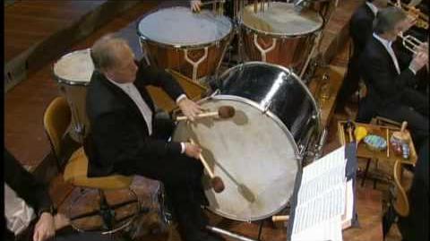 STRAUSS II Unter Donner Und Blitz (Polka) - Daniel Barenboim Berliner Philharmoniker