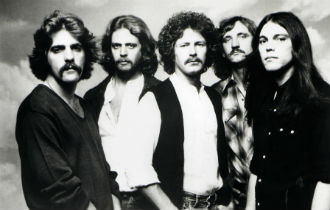 File:The eagles 330x210.jpg
