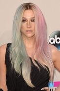 Kesha-pastel-hair