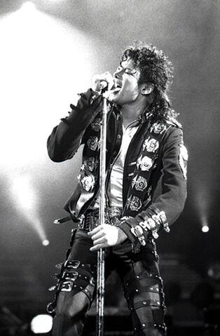 Plik:Michael Jackson.jpg