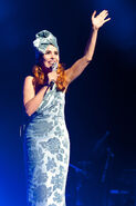 Paloma-faith-011