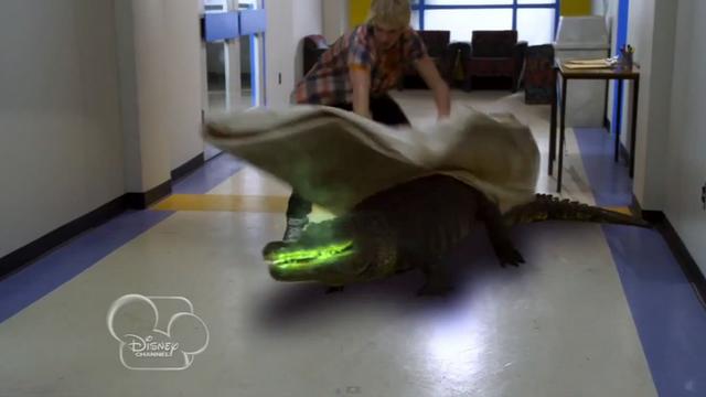 File:S1e4 alligator.png