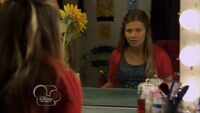 My-babysitters-a-vampire--mirror-rorrim--205--sunday-in-the-mirror--bindi-irwin