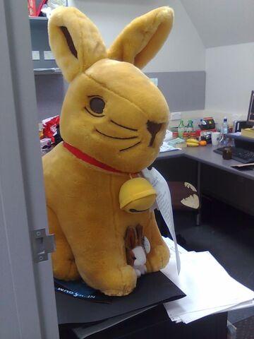 File:Lindt Bunny.jpg