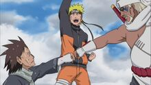 Motei-and-killer-bee-fist-bump